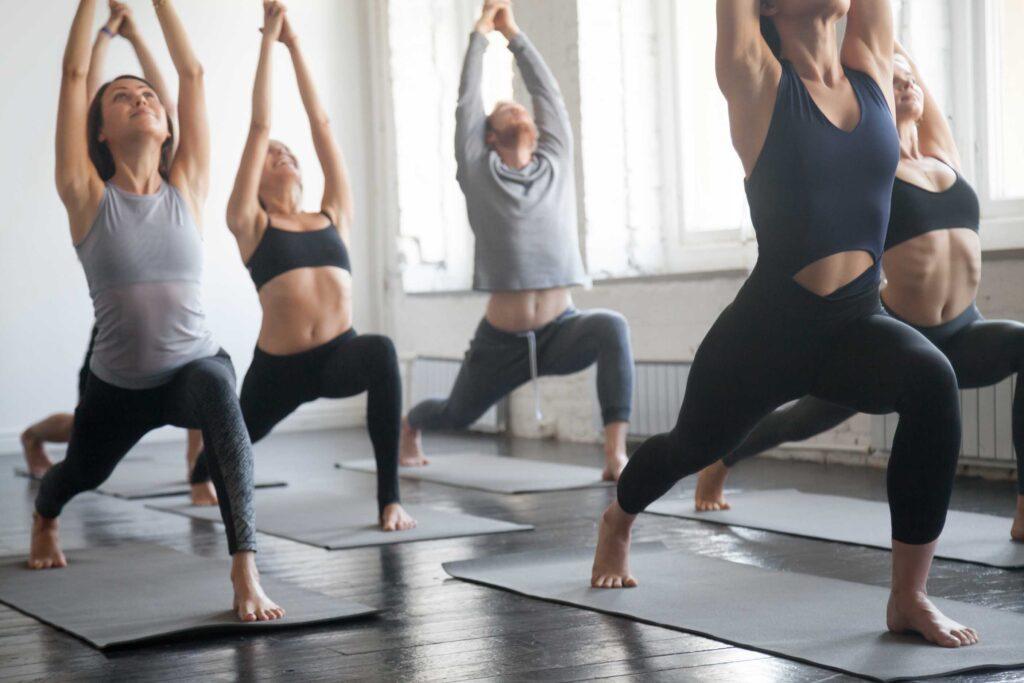 El arte milenario del Hatha yoga y sus beneficios