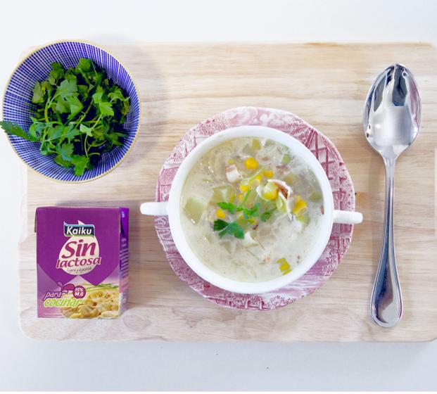 Oda a los platos de cuchara: Sopa de gambas, maíz y bacon