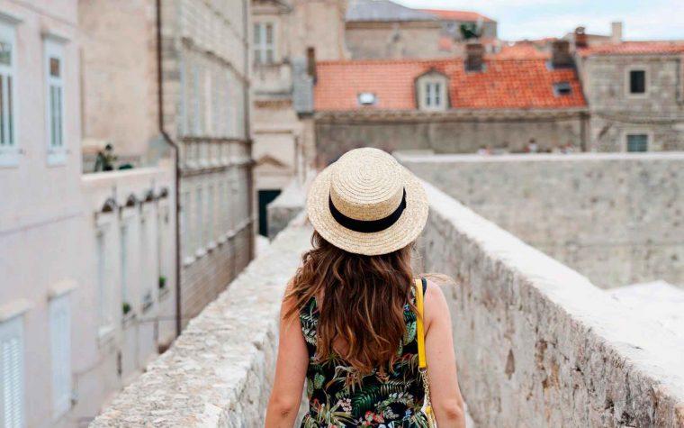 Escapadas para el puente de agosto: 5 cosas a tener en cuenta cuando viajas