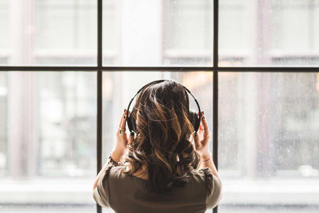Podcast para aprender inglés (y darle envidia a tu jefe)