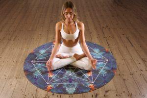 Hacer meditación en casa.