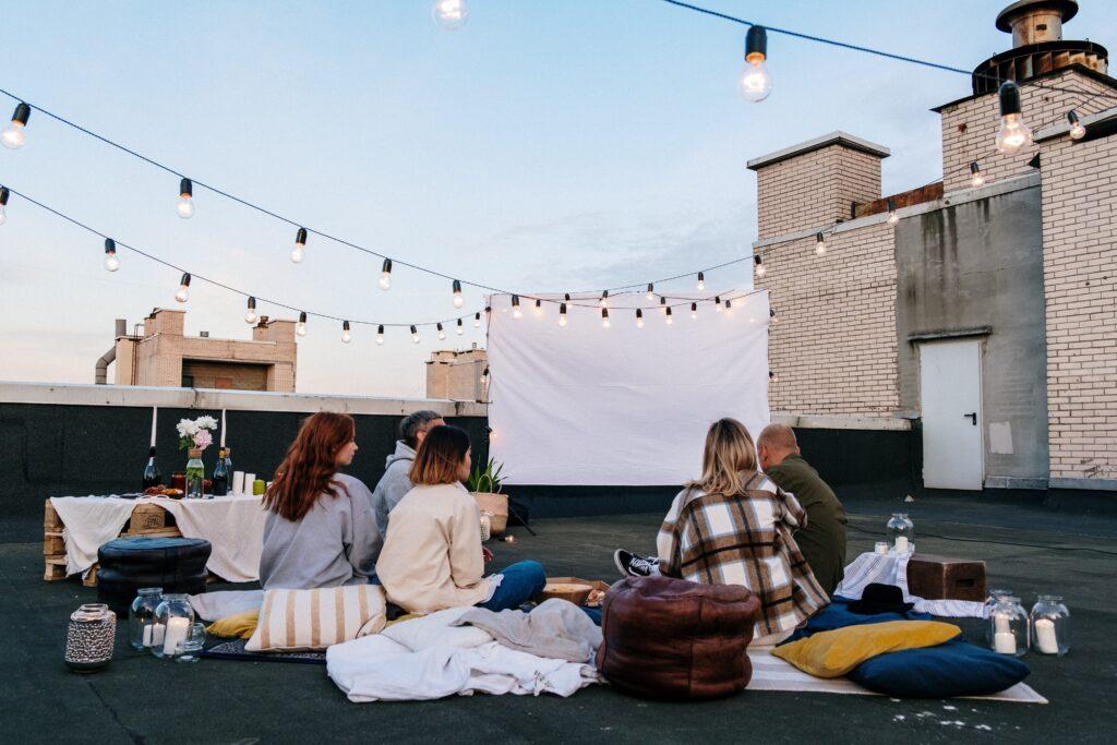 Puñales por la espalda y otras películas de verano para ver en familia