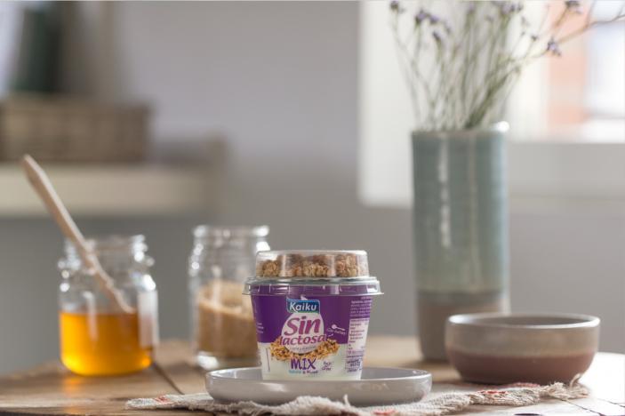 Yogur sin lactosa con muesli: